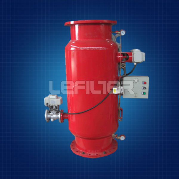 Automatic cleaning filter housing